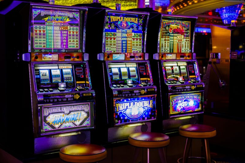 Read more about the article Gagner au Casino avec marabout JINLE AYO Appel/Whatsapp: +22966869011