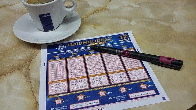 Rituels de chance aux jeux d'argent, marabout JINLE AYO Appel/Whatsapp: +22966869011
